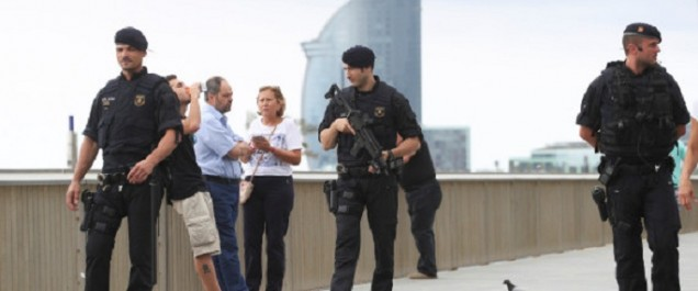 Espagne: la cellule jihadiste «démantelée», un homme activement recherché par la police