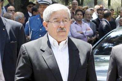 Alors que des hommes politiques se sont exprimés sur l'affaire «Tebboune-Haddad»: Le silence intrigant d'Ouyahia
