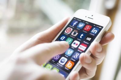 Leurs habitudes téléphoniques ont changé: Les Algériens de France adoptent les applications mobiles gratuites