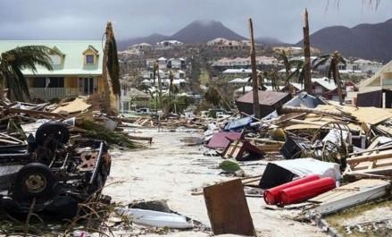 Ouragans aux USA et aux Caraïbes: Le président Bouteflika adresse des messages de condoléances et de sympathie