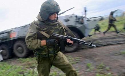 Russie: un soldat tue trois personnes lors de manœuvres puis prend la fuite