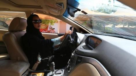 Le décret royal autorisant les femmes à conduire des véhicules va bouleverser l'économie