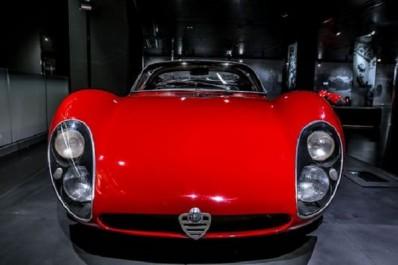Fiat Chrysler Automobiles : Alfa Romeo célèbre les 50 ans de la mythique 33 Stradale