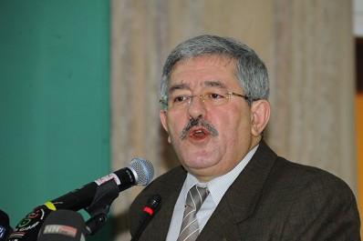 Ouyahia: «L'Algérie sortira de la crise dans trois ans»