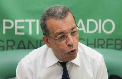 «Pas de panique, l'Algérie n'est ni le Zimbabwe, ni le Venezuela» – Abderrahmane Benkhalfa sur Radio M (Audio)
