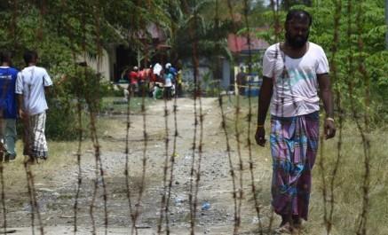 Bangladesh : 20.000 manifestent en soutien aux Rohingyas
