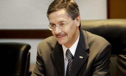 Agrément à la nomination de Abdelkader Mesdoua nouvel ambassadeur d'Algérie en France