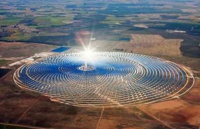 Le Maroc met plus de 200 millions d'euros dans l'énergie solaire pour soutenir son secteur agricole