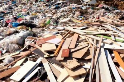 Ali-Mendjeli : 4 100 tonnes de déchets domestiques et solides collectées en une journée