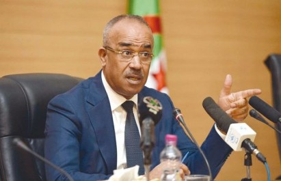 Elections locales: Bedoui appelle les walis à traiter tous les partenaires politiques «sur le même pied d'égalité»