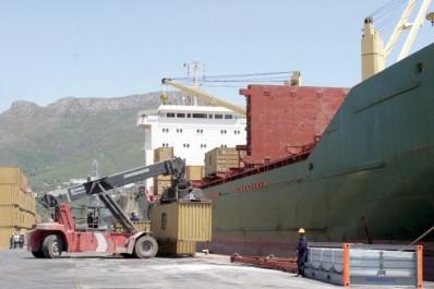 Blocage des équipements importes par Cevital: Port de Béjaïa : quand le P-DG piétine les lois