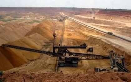 Exploitation des ressources naturelles du Sahara occidental: des partis espagnols opposés à tout accord entre l'UE et le Maroc