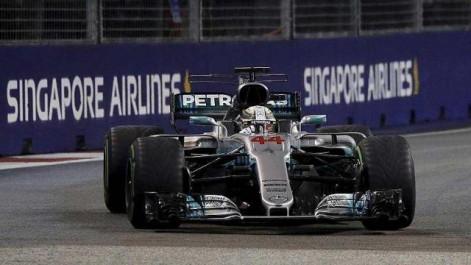 Formule 1 : GP de Singapour Hamilton (Mercedes) s'impose et prend le large
