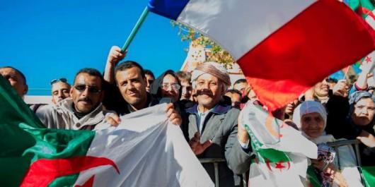 Point de vue: « C'est la société civile qui fait la chair de la relation franco-algérienne »