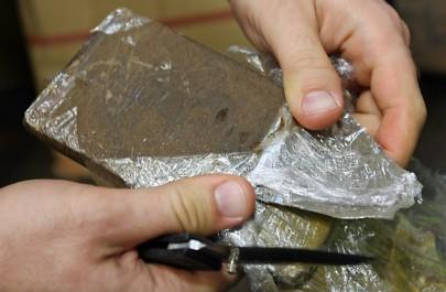 BLIDA : Arrestation de deux dealers et saisie d'un kilogramme de kif traité