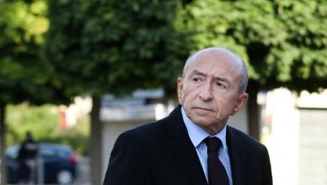 France: Collomb demande aux préfets d'expulser les étrangers représentant une menace pour l'ordre public
