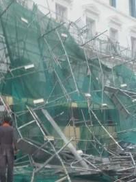Chute d'un échafaudage à la place des martyrs : aucune victime n'est à déplorer