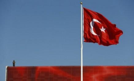 Ankara ferme son espace aérien aux Kurdes irakiens
