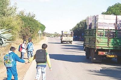 Deux bus scolaires pour desservir sept localités : L'interminable calvaire des élèves à Boutlelis