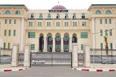 Tlemcen: Poursuivi en justice pour avoir abattu 4 platanes