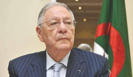 FLN : Ould-Abbès interdit le cumul des postes de responsabilité à ses parlementaires