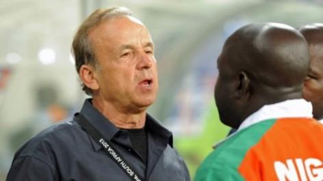 Nigeria : Gernot Rohr prévient la fédération