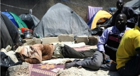 «Les Maliens sont dans des conteneurs à Tamanrasset. Leurs représentants consulaires empêchés de les voir»