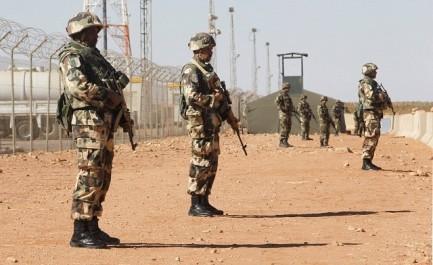 Algérie: un terroriste activement recherché se rend aux autorités militaires